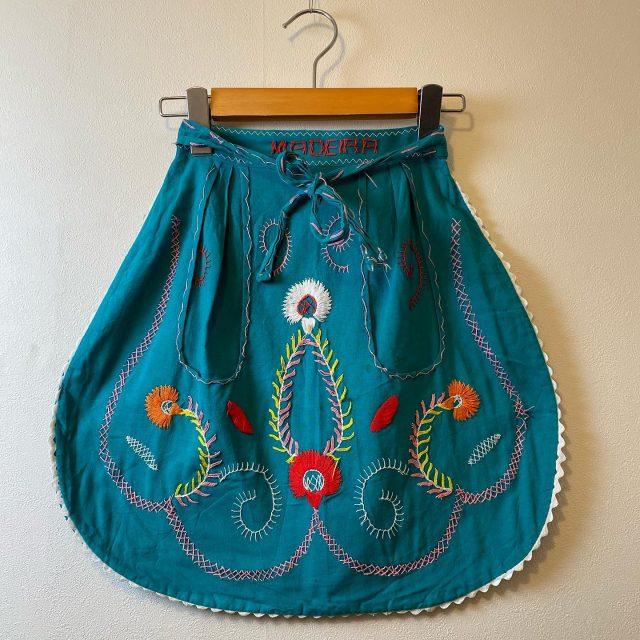【women's】 Cotton apron Green/¥4,400- Red/¥3,300-  #alaska_tokyo #vintage #shimokitazawa #usedclothing