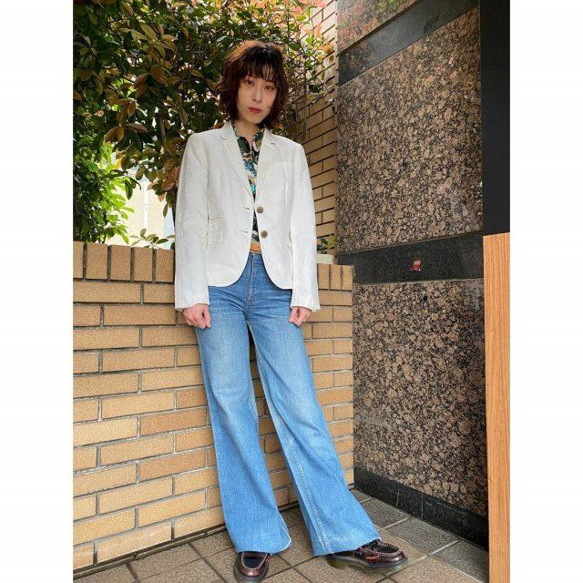 【women's】  ・linen tailored jacket ・polyester flower shirt ・Levis 529   #alaska_tokyo #vintage #shimokitazawa #usedclothing