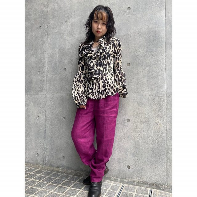 【women's】  ・flounce gather blouse ・linen tapered  pants  #alaska_tokyo #vintage #shimokitazawa #usedclothing