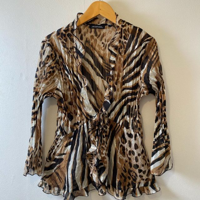 【women's】 leopard print gather frill blouse ¥4,950-  #alaska_tokyo #vintage #shimokitazawa #usedclothing