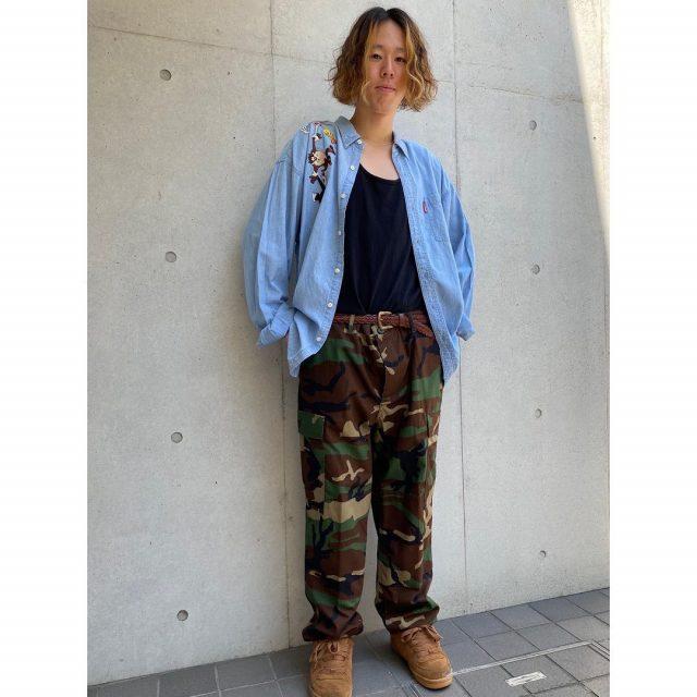 【men's】 ・Looney tunes denim shirts ・woodlandcamo cargo pants  #alaska_tokyo #vintage #shimokitazawa #usedclothing